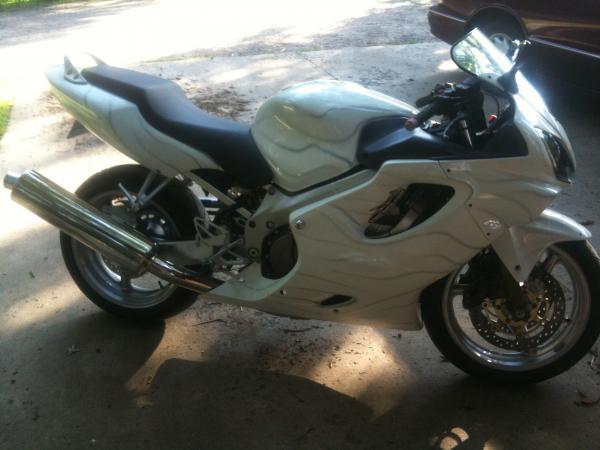Cold Spring Mn >> 2005 CBR 600 F4i Custom Paint Job - Motorcycle Forum
